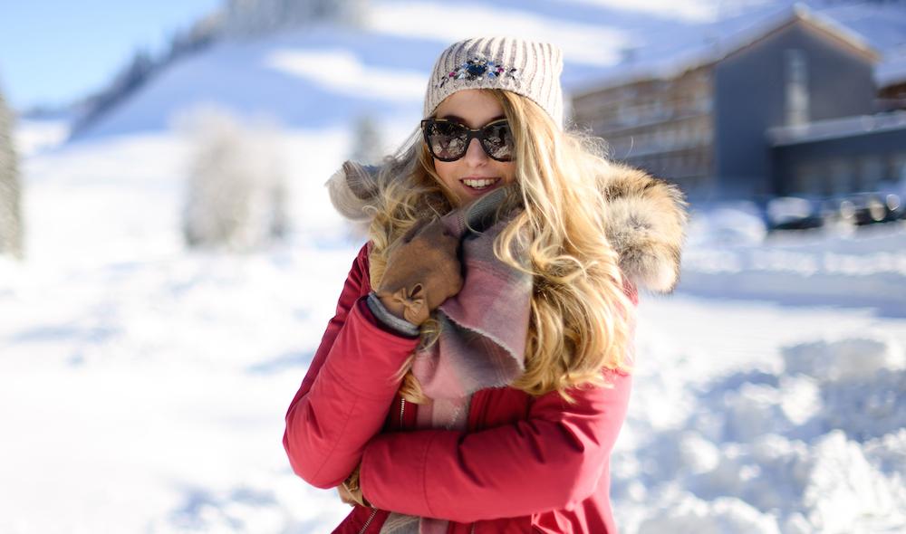 Skigebiet Österreich winterjacke pink fashionblog München