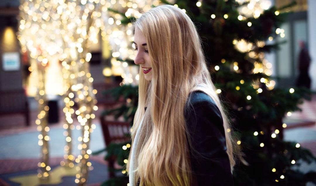 ingolstadt Village Eva Padberg Weihnachten Gift wrapping fashion blog münchen stylejunction
