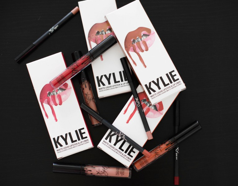 lip kit by kylie jenner swatches review erfahrungen