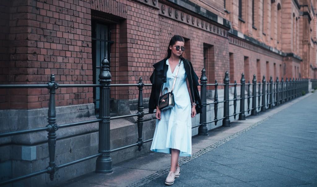 blaues Kleid sarenza Schuhe aigner genoveva bag fashion blog münchen