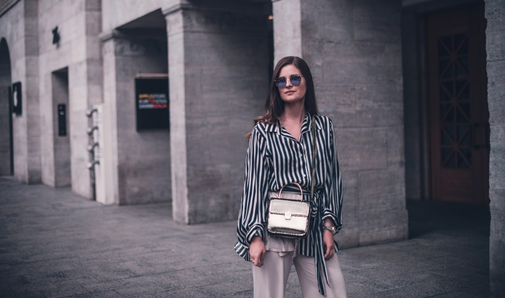 volant hose hemd aigner genoveva gelbe Pantoletten fashion blog münchen