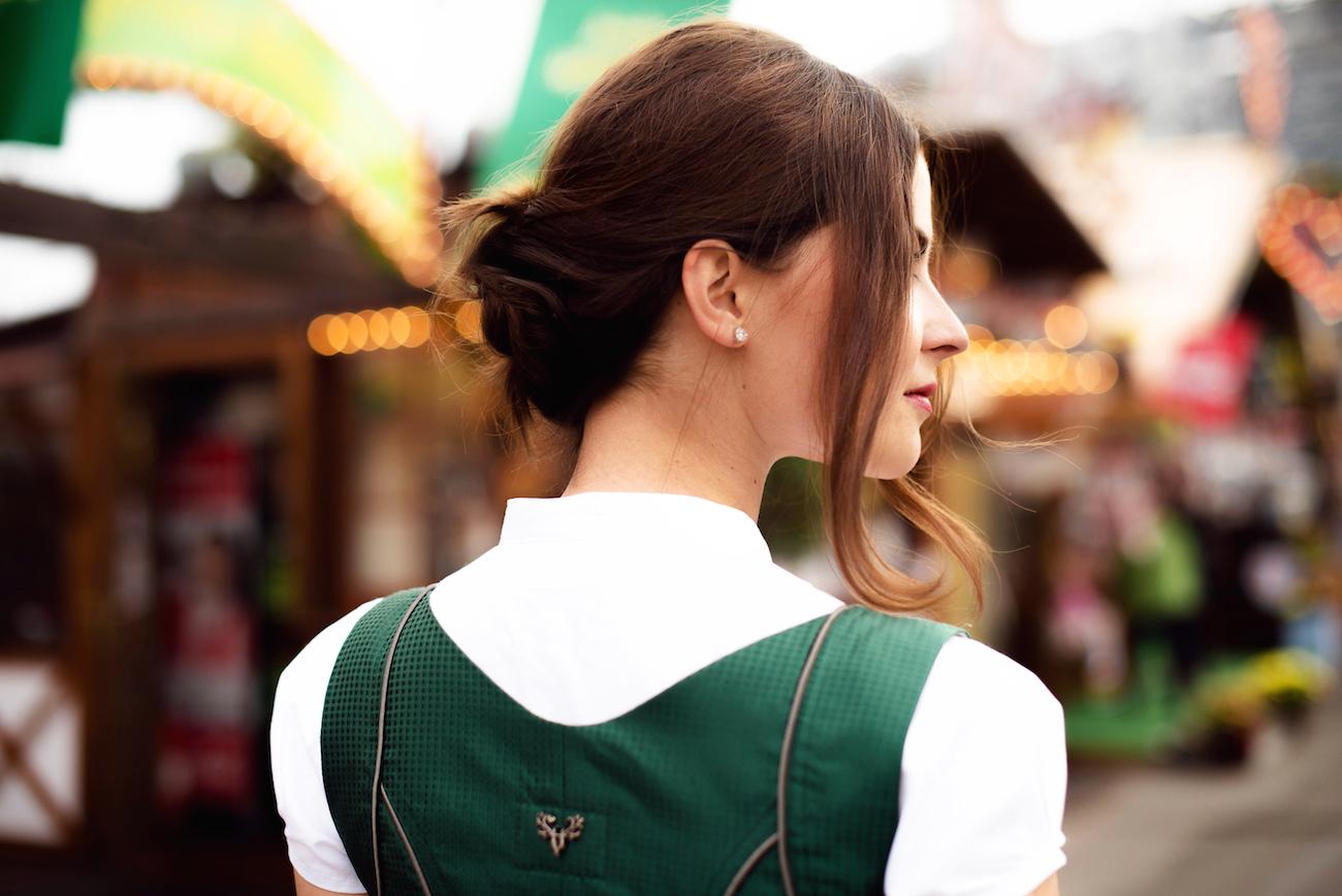 cocovero dirndl Tracht machen oktoberfest wiesn develey senf werbung seidendirndl bluse fashion blog münchen